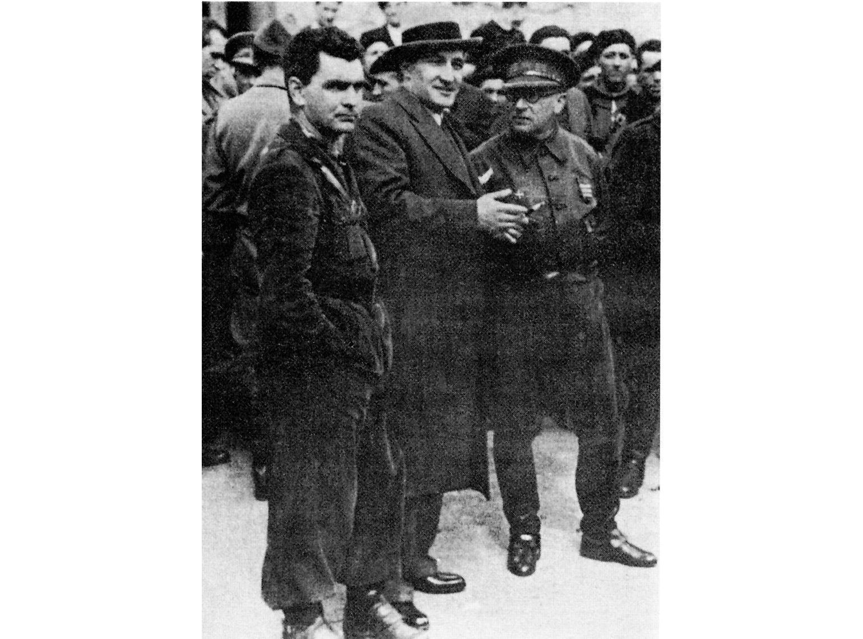 Vidal a la derecha, José Antonio Aguirre en el centro y Tatxo Amilia.